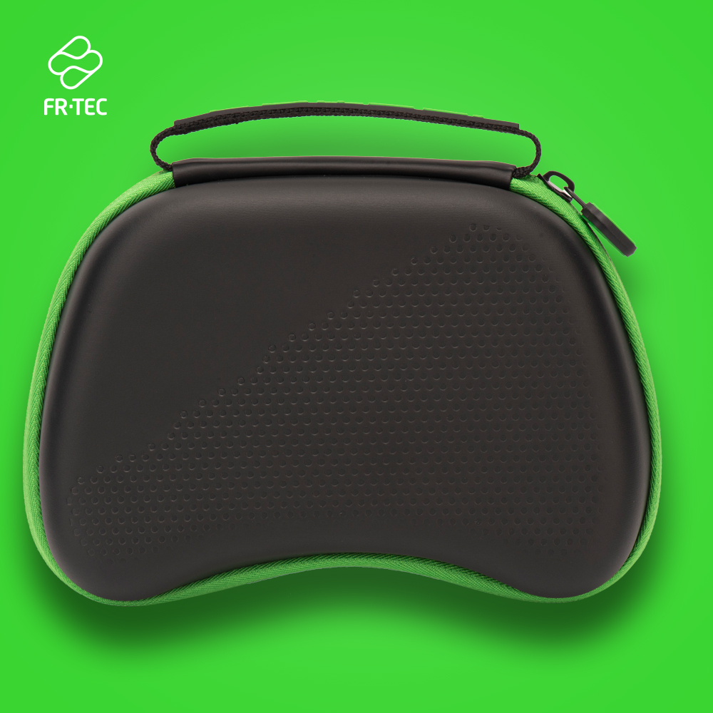 FT3003 - XBOX SERIES X Controller Case - Web - 1